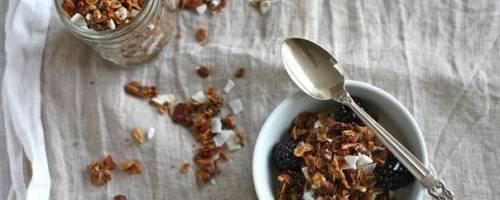 Easy Coconut Granola